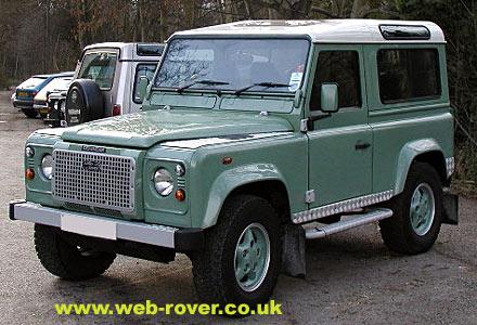 Land Rover Defender-construit sur le succès brochure couleur